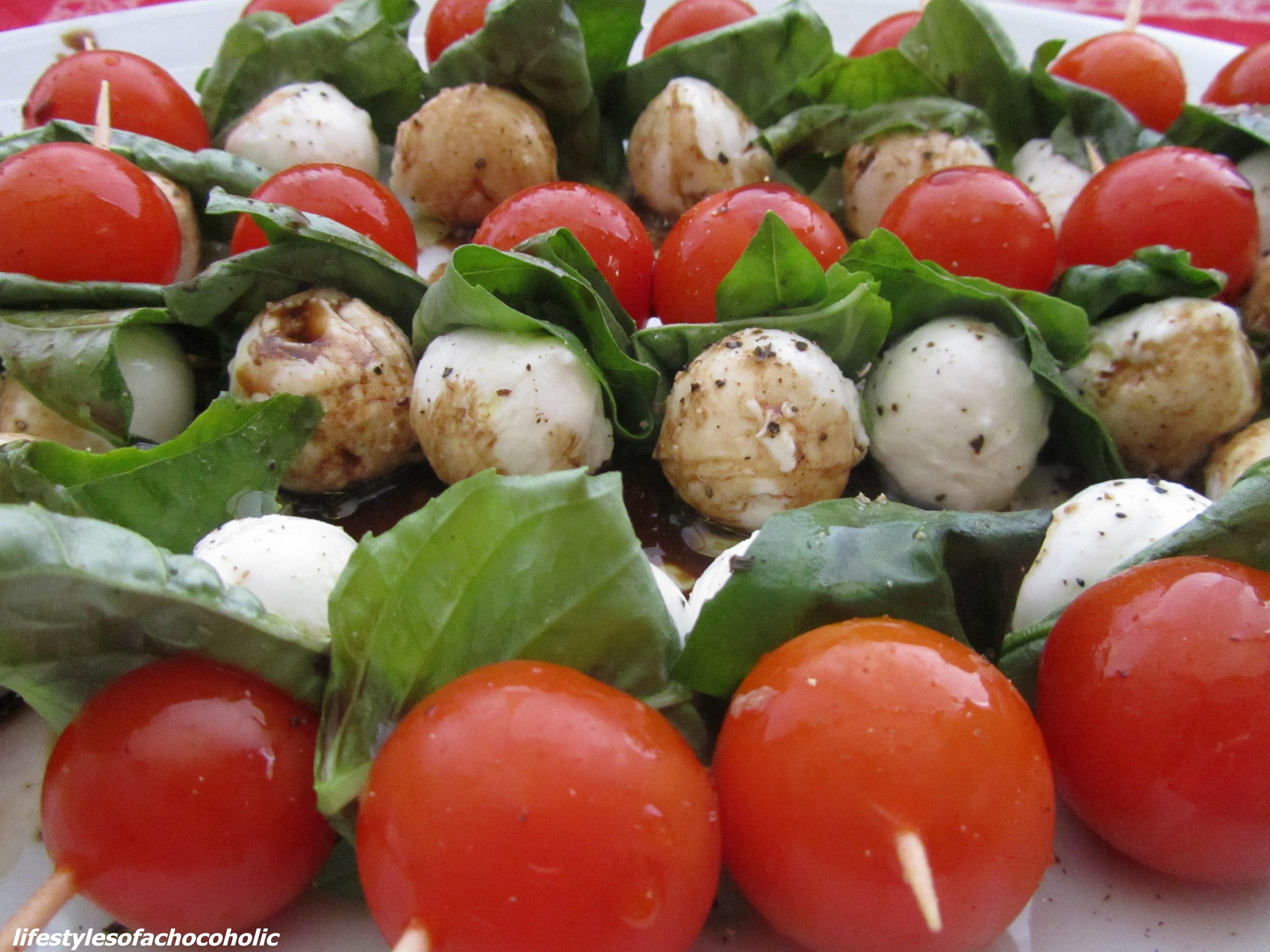 Tomato Mozzarella Skewers www.confessionsofabakingqueen.com