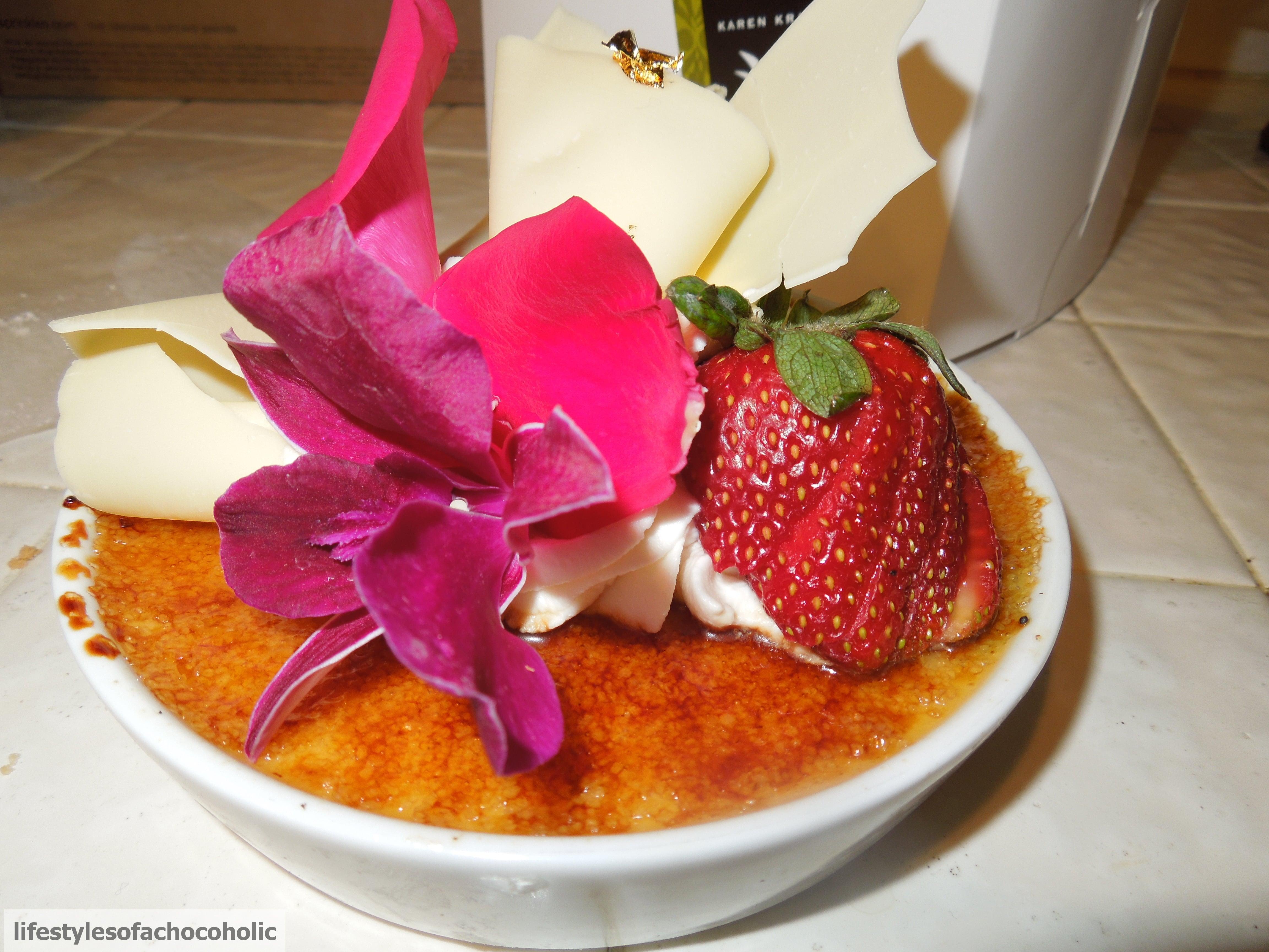 Extraordinary Desserts www.confessionsofabakingqueen.com