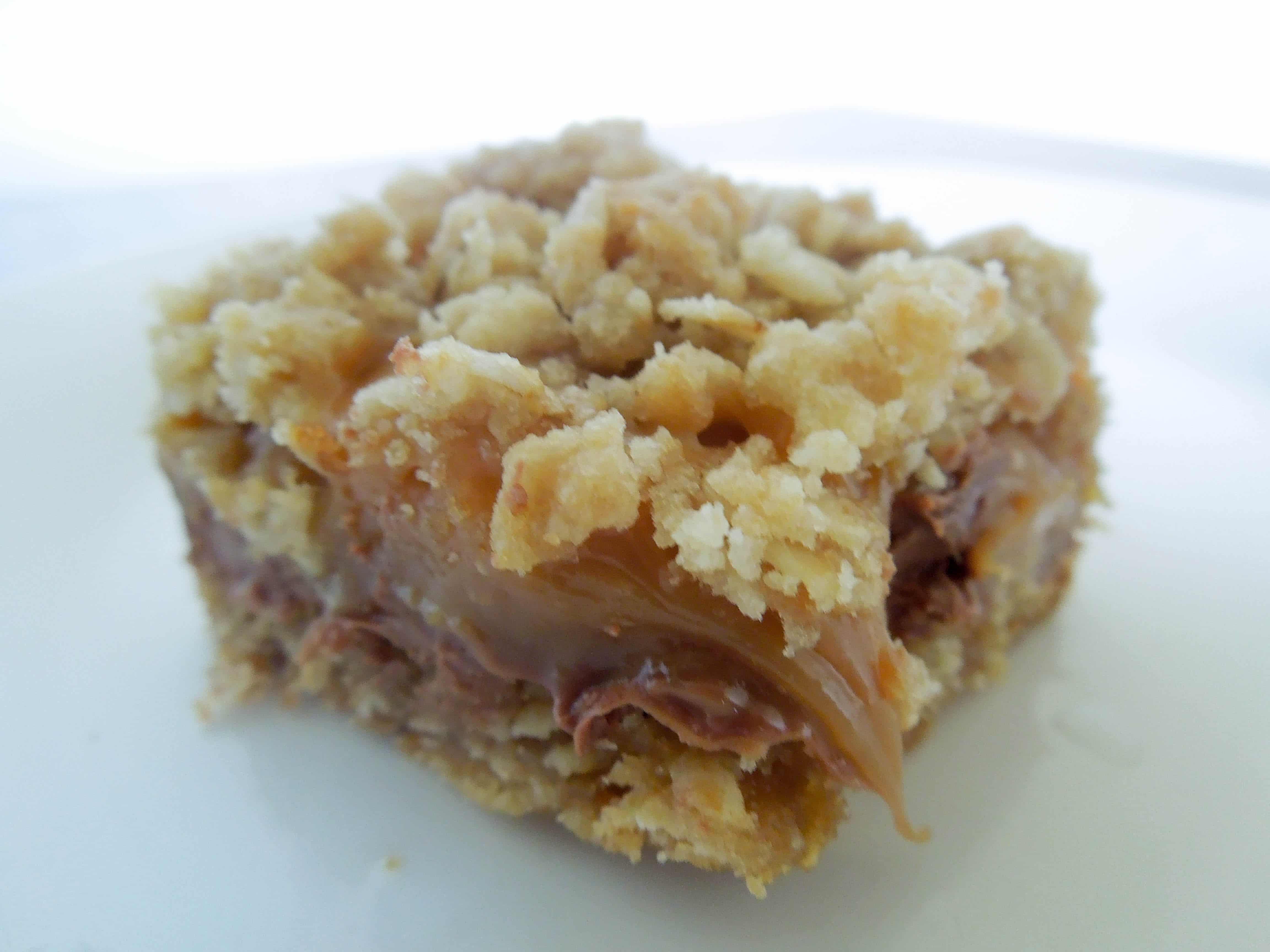Rolo stuffed Carmelitas www.confessionsofabakingqueen.com