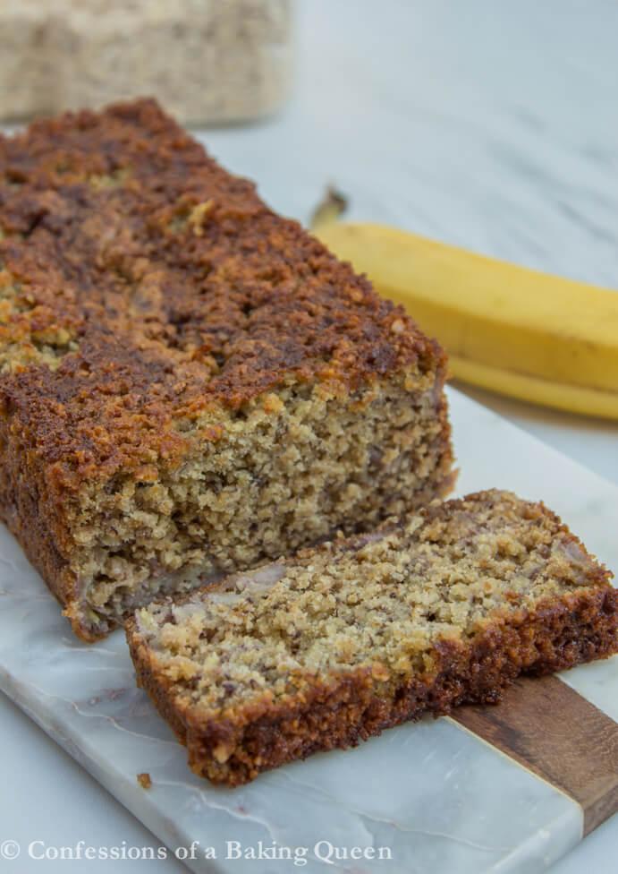 Oat Flour Banana Bread www.confessionsofabakingqueen.com