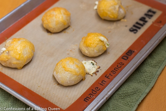 Bagel Bombs www.confessionsofabakingqueen.com