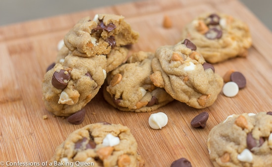 Triple Chip Cookies www.confessionsofabakingqueen.com