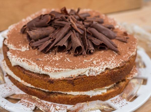 Tiramisu Cake www.confessionsofabakingqueen.com #booze #coffee