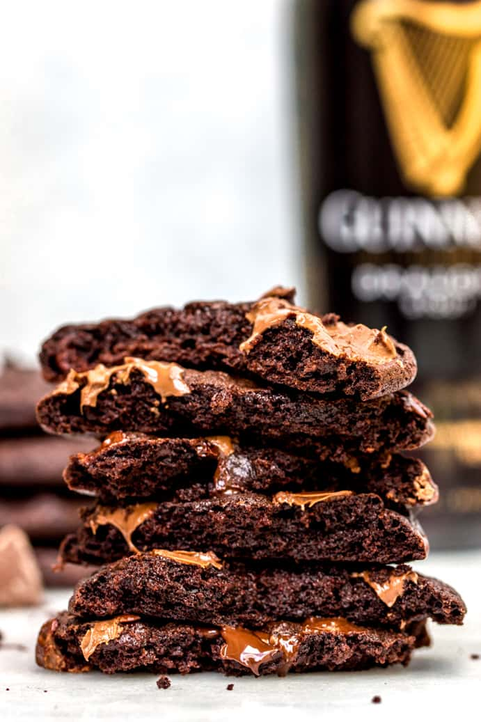 Guinness Chocolate Cookies www.confessionsofabakingqueen.com #boozybaking
