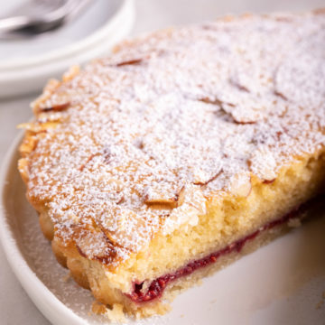 bakewell tart cut open showing the filling layers